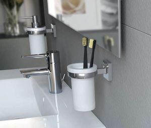 Какво трябва да знаете при избора на  стенни аксесоари за баня? | Makenzi